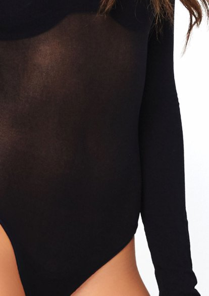 89228 Leg Avenue long sleeved bodysuit